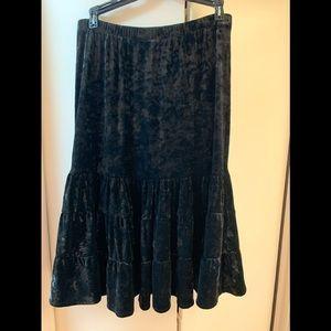 New York & Company crushed velvet skirt